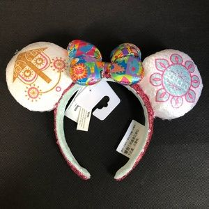 Disney Authentic It's A Small World Park Ears